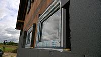 Einbau von Fenstern Außenseite der Wand